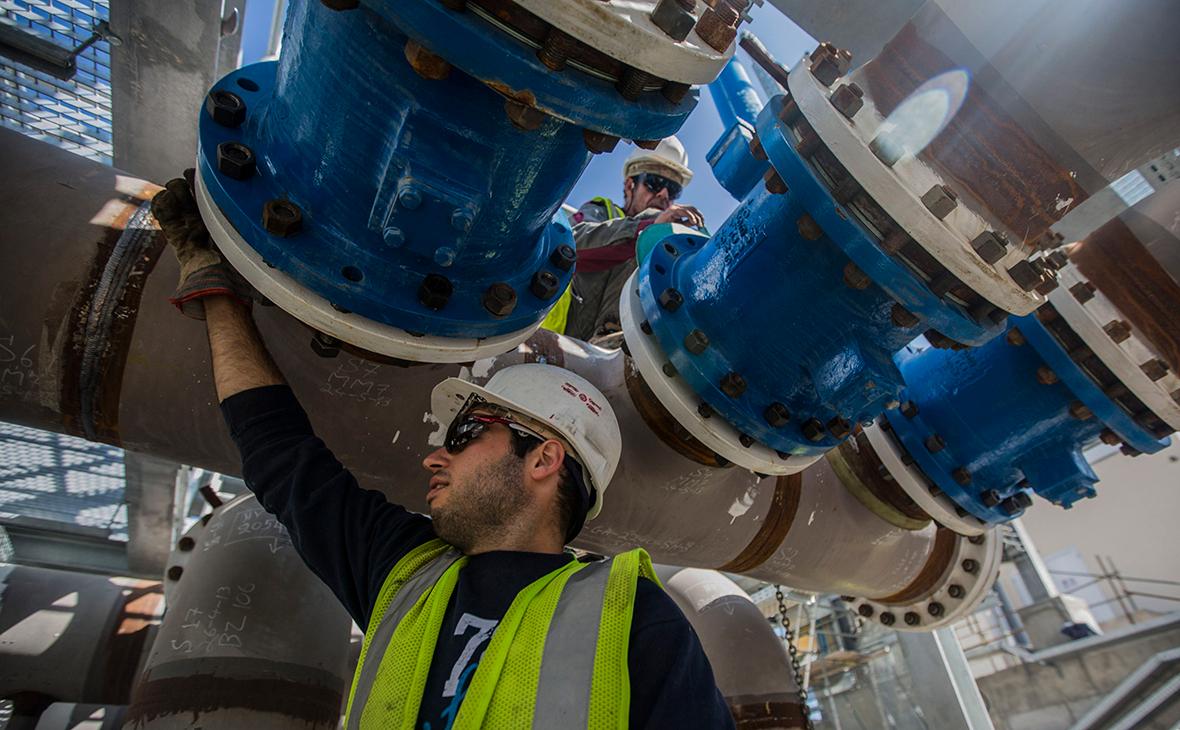 """«Газпром» проиндексирует зарплаты сотрудникам выше инфляции""""/>"""