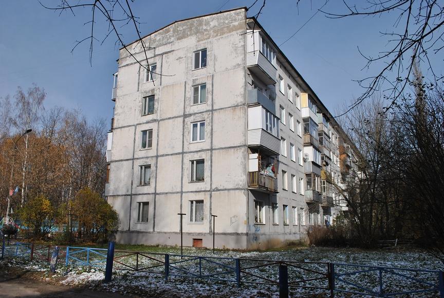 Самые дешевые квартиры в Московской области, как и по всей России, - на первых этажах панельных пятиэтажек