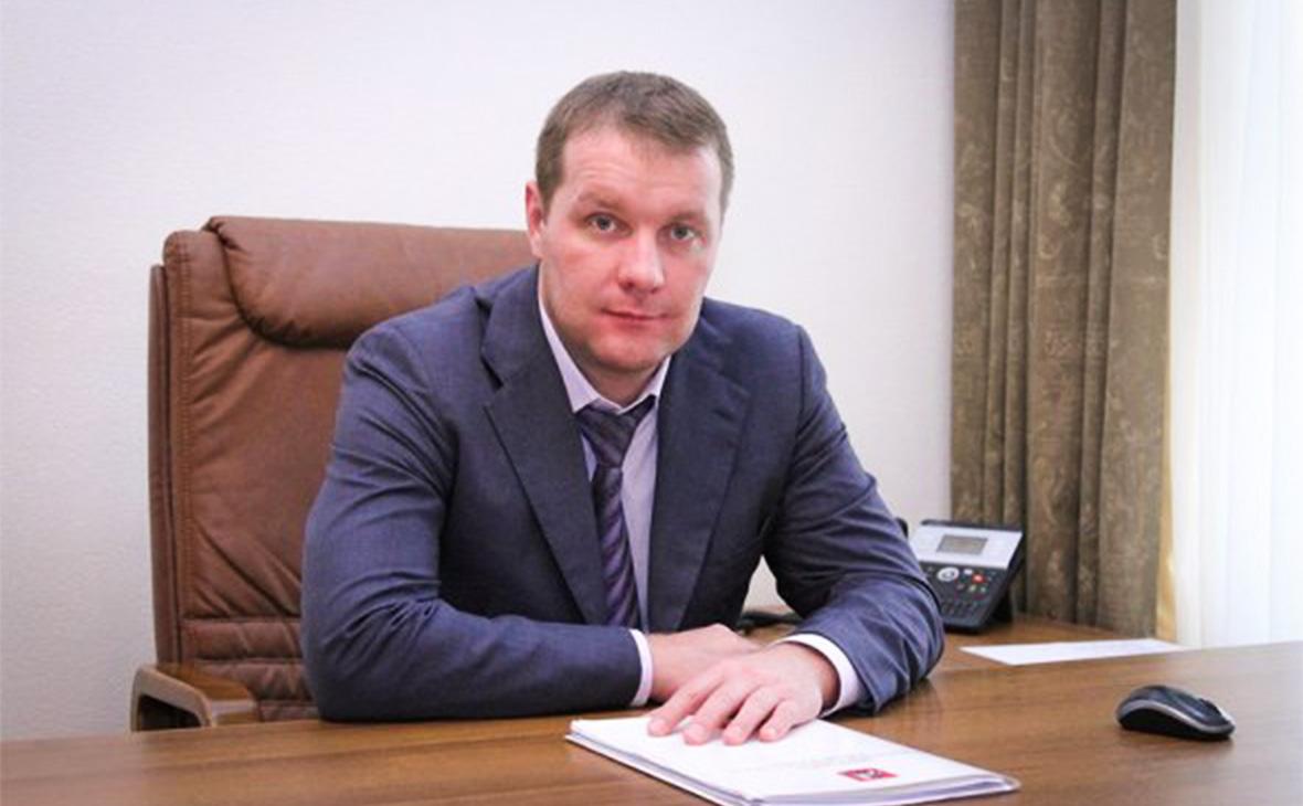 Роман Золотов