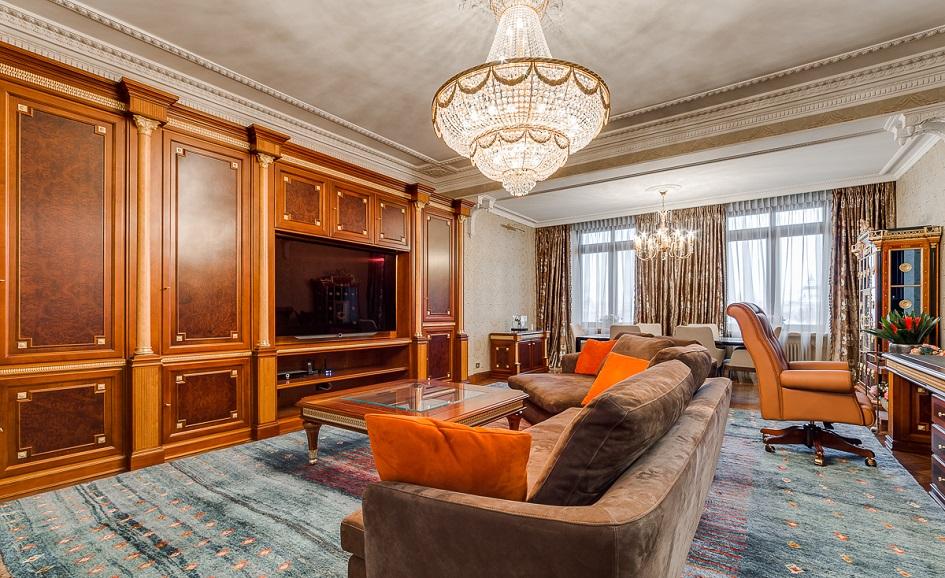 Трехкомнатная квартира в высотке на Котельнической набережной
