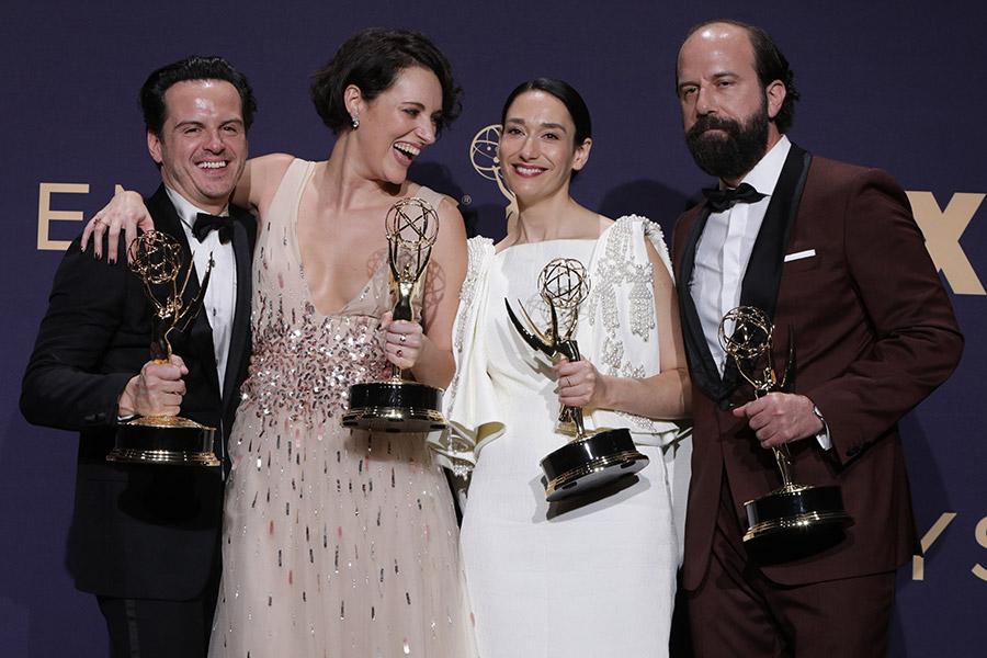 Слева направо: актеры сериала «Дрянь» Эндрю Скотт, Фиби Уоллер-Бридж, Сиан Клиффорд и Бретт Гелман