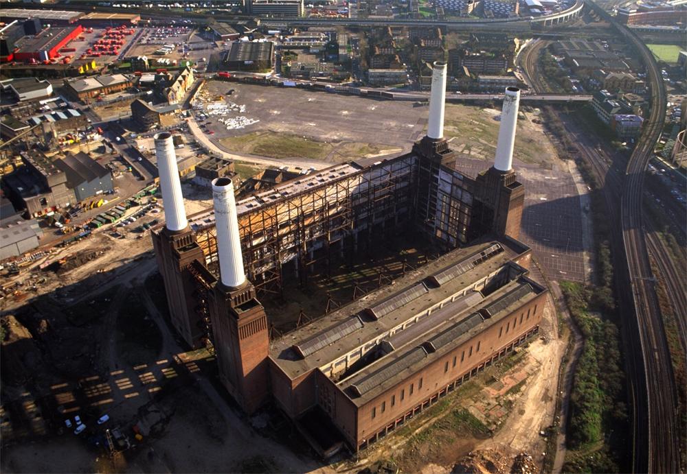 Battersea Power Station в 2012г.