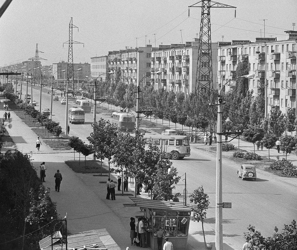 Улица Космонавтов вОдессе, УкраинскаяССР. 1968 год