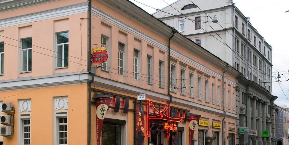 Двухэтажная усадьба Ивана Шувалова на Покровке