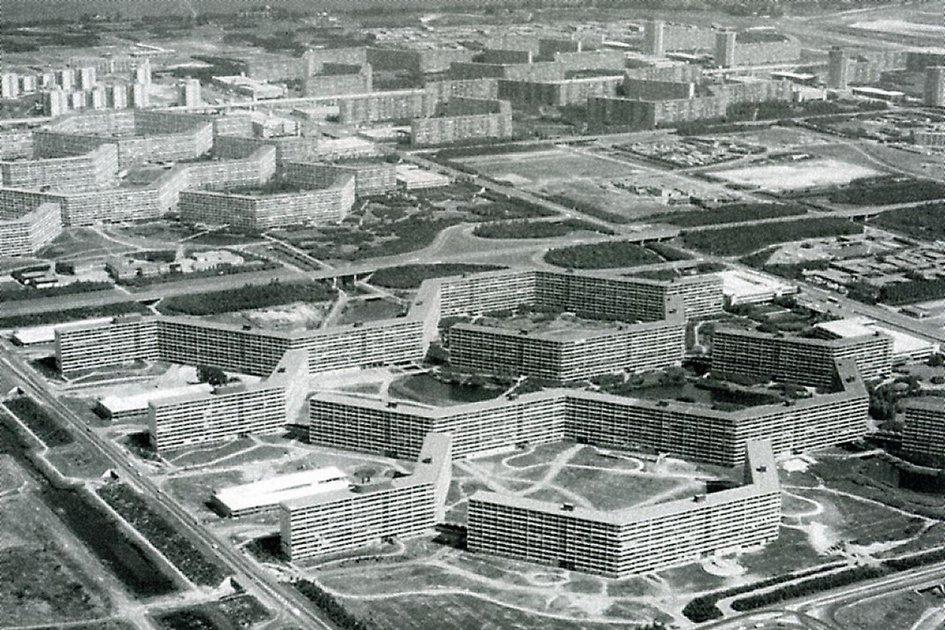 В шестидесятых годах прошлого века так выглядели все дома вокруге