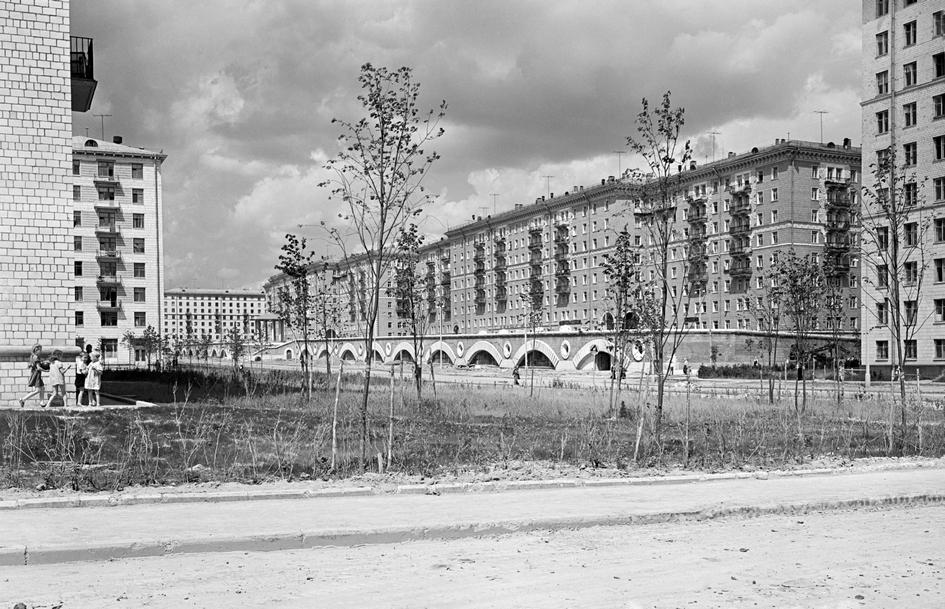 «Красные дома» на улице Строителей. 1958 год