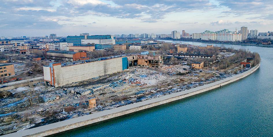 Вид на Москву-реку и территорию ЗИЛа