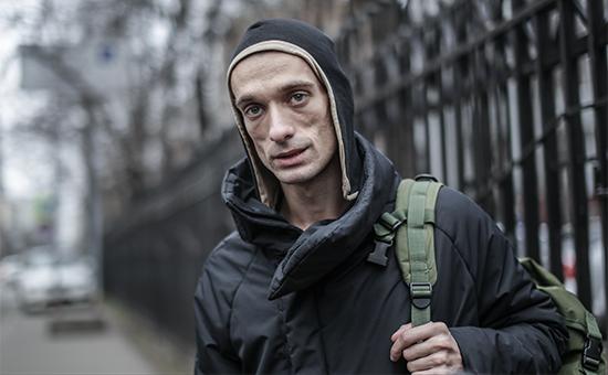 Художника Павленского задержали за поджог двери здания ФСБ на Лубянке