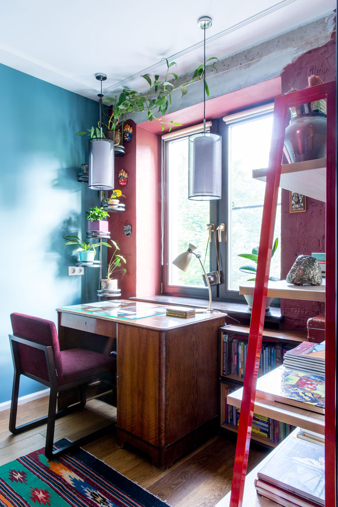 Рабочее место хозяйки квартиры