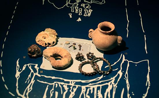 Предметы экспозиции «Крым: золото исекреты Черного моря» висторическом музее Амстердама