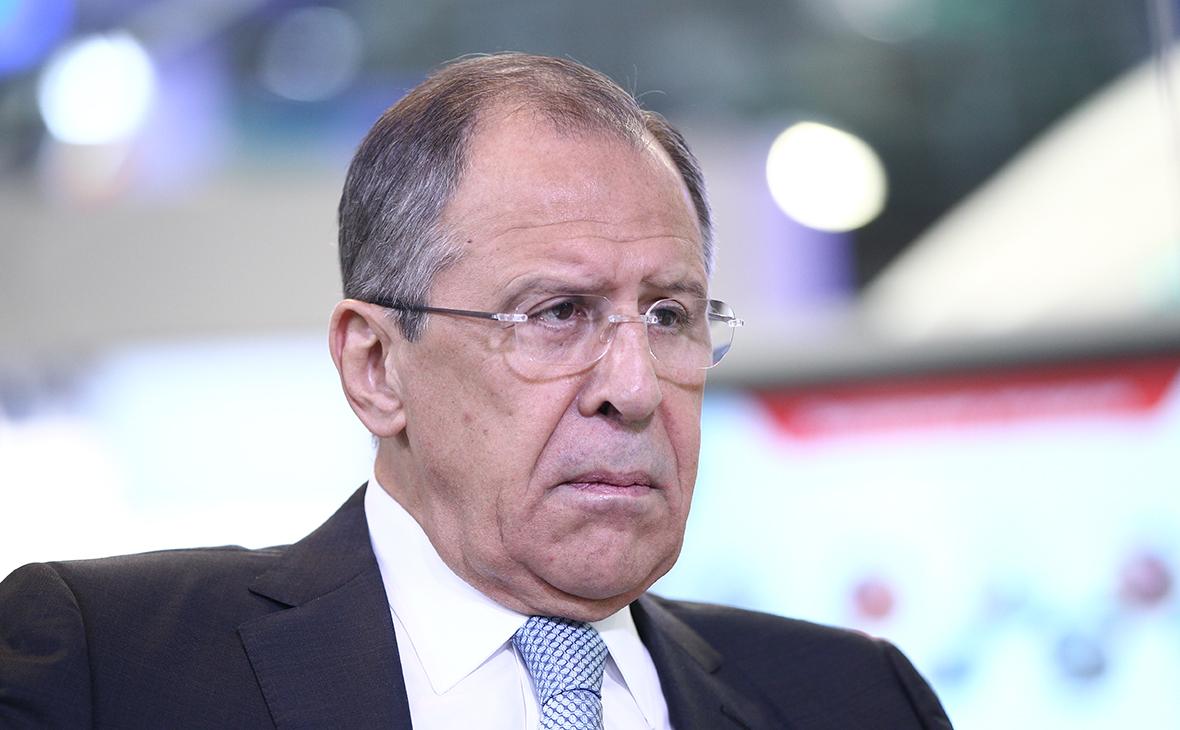 Лавров заявил о попытках НАТО разогреть обстановку в Азии