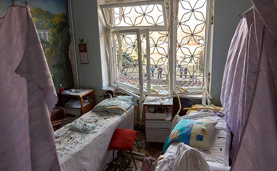 Один из кабинетов 27-й больницы после обстрела Донецка