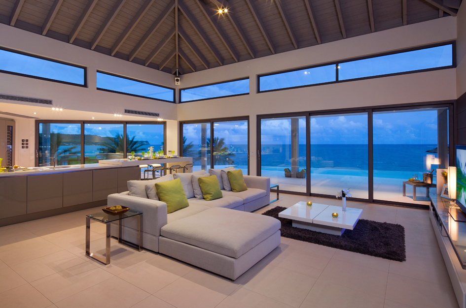 Во время туристического сезона, которыйнаАнтигуа иБарбуде длится сноября помай, суточная аренда Daniel Bay стоит $480, аминимальный срок аренды составляет пять дней. Таким образом, ценник начинается с$2,4тыс.
