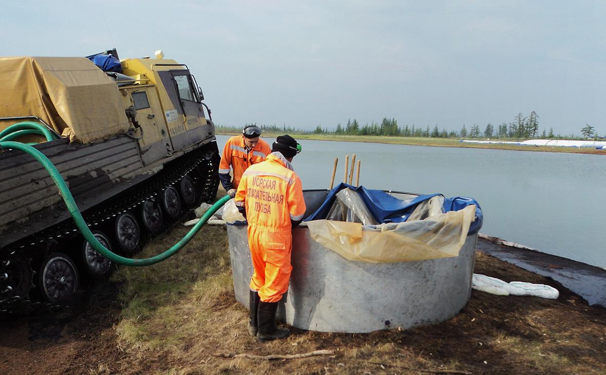 Ликвидация последствий разлива топлива на ТЭЦ-3 в Норильске,Красноярский край