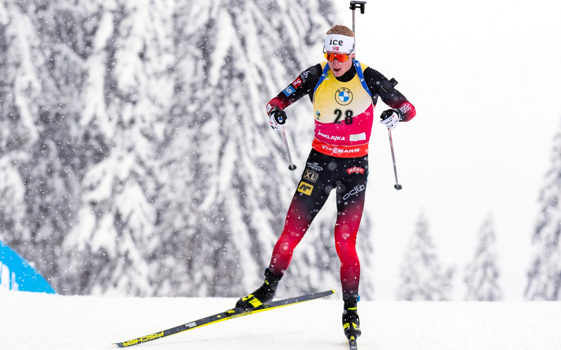 Лидер общего зачета Кубка мира по биатлону норвежец Йоханнес Бё