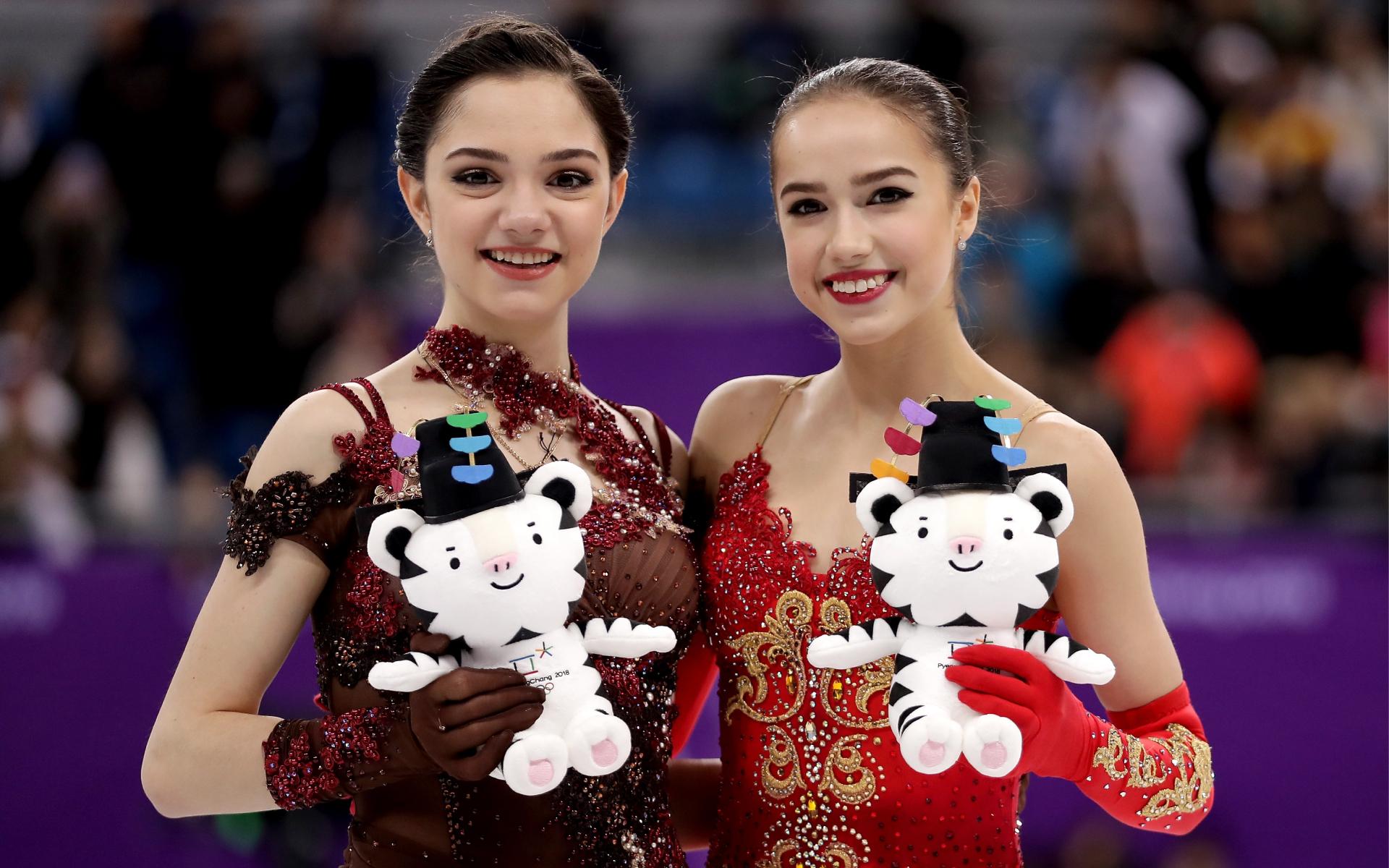 Фото: Евгения Медведева и Алина Загитова (Richard Heathcote/Getty Images)