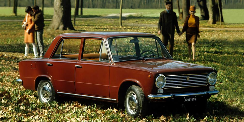 В качестве иностранного партнера был выбран Fiat, а будущий завод мощностью 660 машин должен был выпускать модель 124, получившую в 1966 г. титул европейского «Автомобиля года». Местом для предприятия выбрали Ставрополь-на-Волге, переименованный в честь лидера итальянских коммунистов Пальмиро Тольятти.