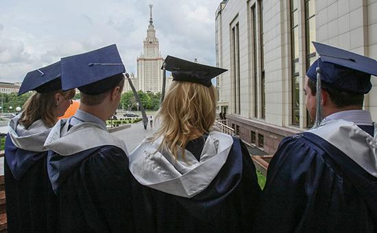 Правительство задумалось об увеличении квоты на обучение иностранцев