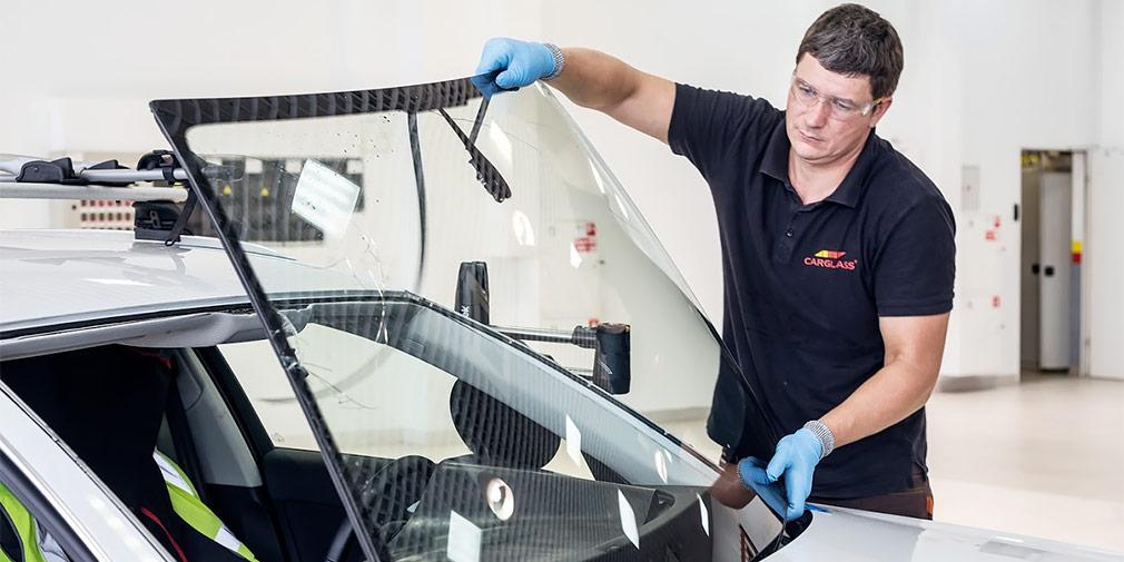 Советы профессионалов: как правильно поменять стекло на автомобиле ::  Autonews