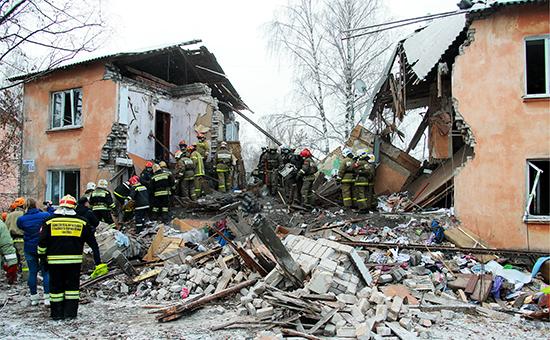 Поисково-спасательная операция на месте взрыва