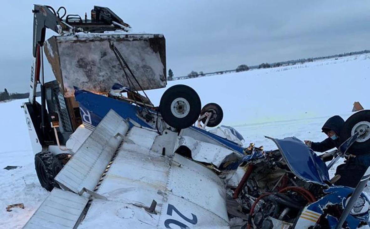 СК возбудил дело после падения частного самолета в Ленобласти