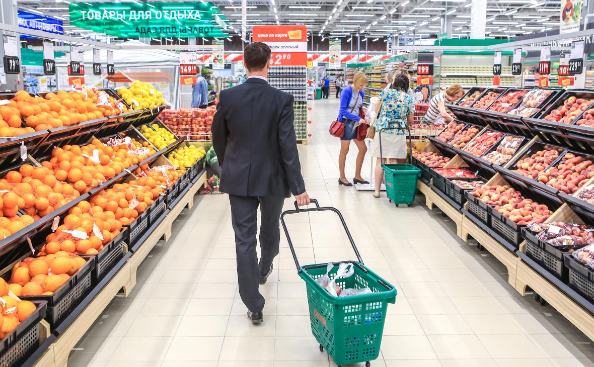 Сумма среднего чека в магазинах России упала до минимума за два года