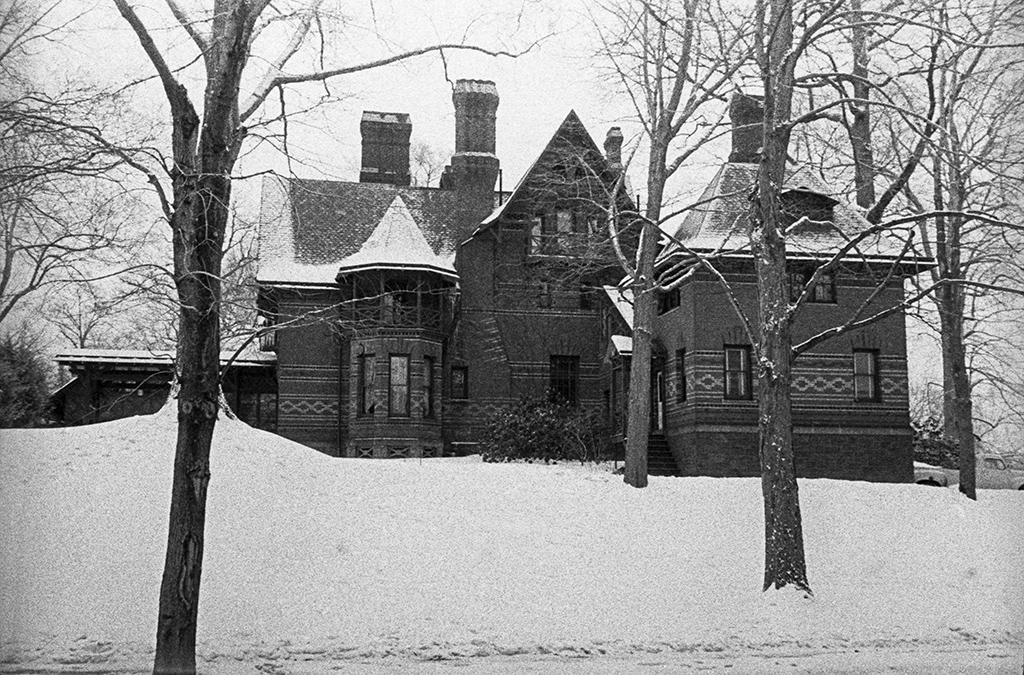 Хартфорд, США. Дом, где жил и работал американский писатель Марк Твен