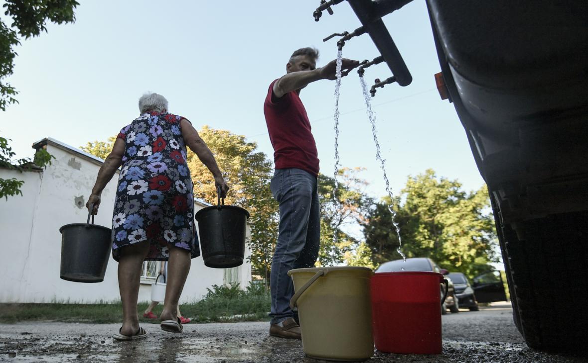 Власти пообещали обеспечить Крым питьевой водой на ближайшие годы