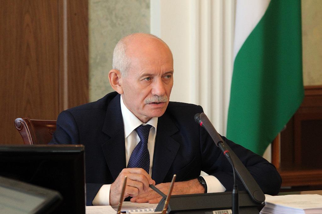 Экс-глава Башкирии Рустэм Хамитов уходит из политики