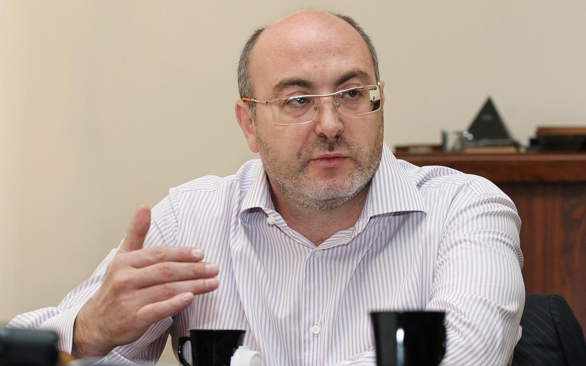 Михаил Болотин