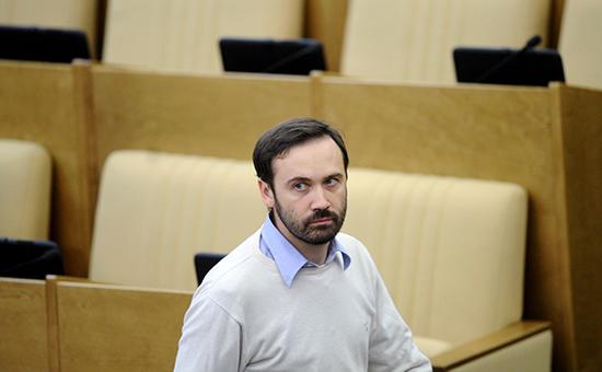 Депутат от фракции «Справедливая Россия» Илья Пономарев