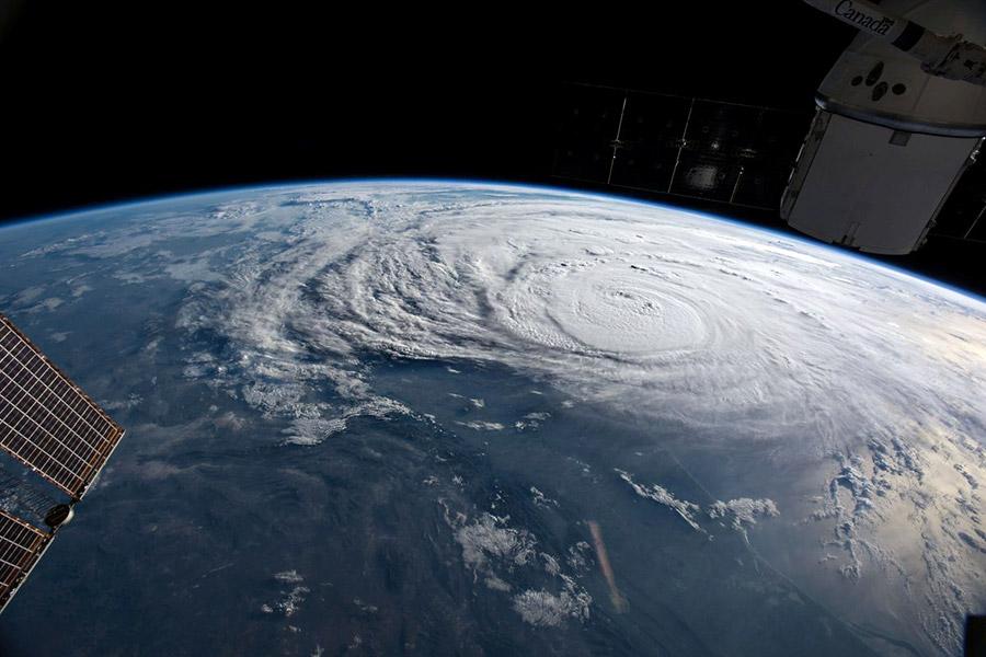 Ураган «Харви» у берегов Техаса с МКС