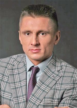 Олег Сухов
