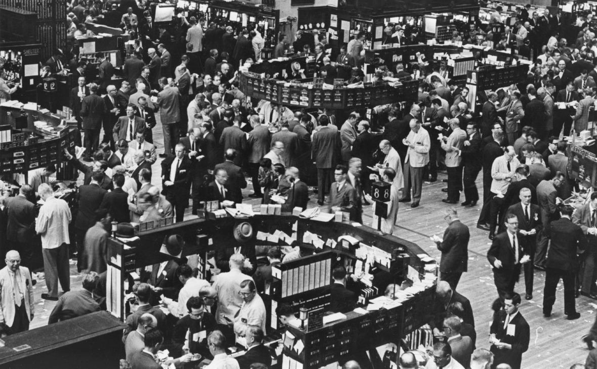 Торговый зал Нью-Йоркской фондовой биржи. 1962 год