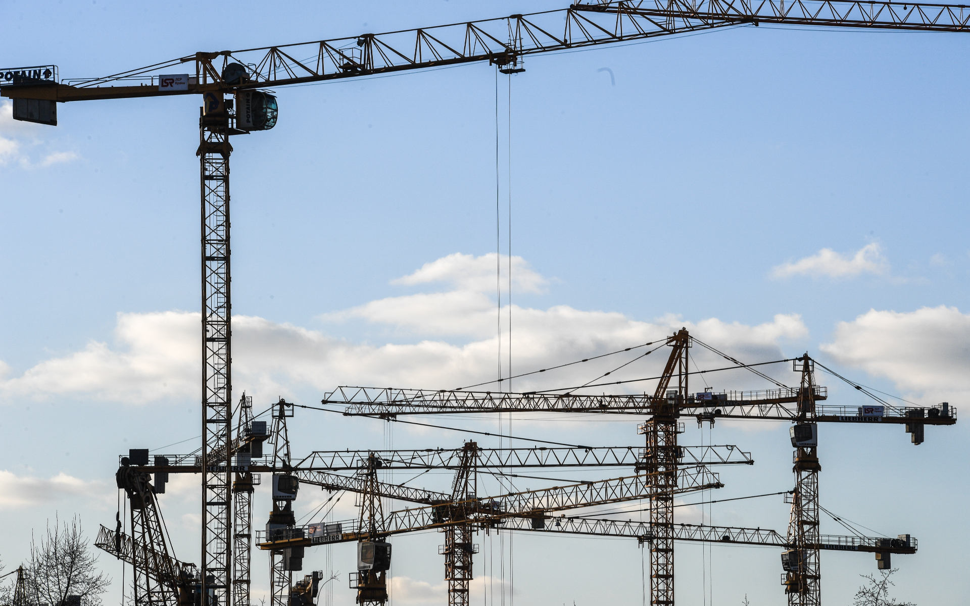 Власти Москвы оценивают потенциал программы реновации промзон в 35 млн кв. м