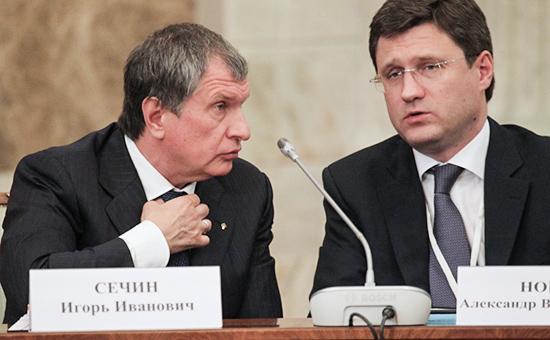 Глава компании «Роснефть» Игорь Сечин и министр энергетики РФ Александр Новак (слева направо)