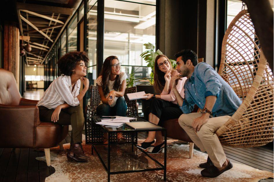 По мнению современной молодежи, пространство многоэтажки должно быть организовано по принципу «город в городе»