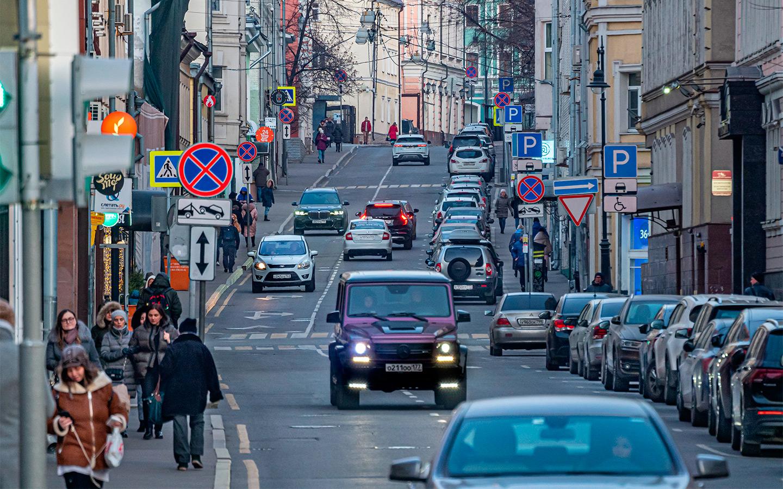 <p>Большая часть горожан выступает за снижение скоростного режима на улицах внутри Садового кольца.</p>