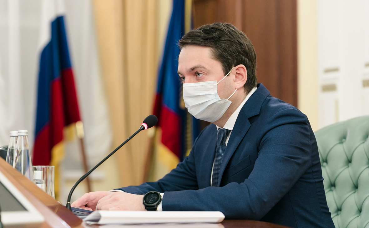 Глава Мурманской области поручил помочь семьям моряков судна Онега