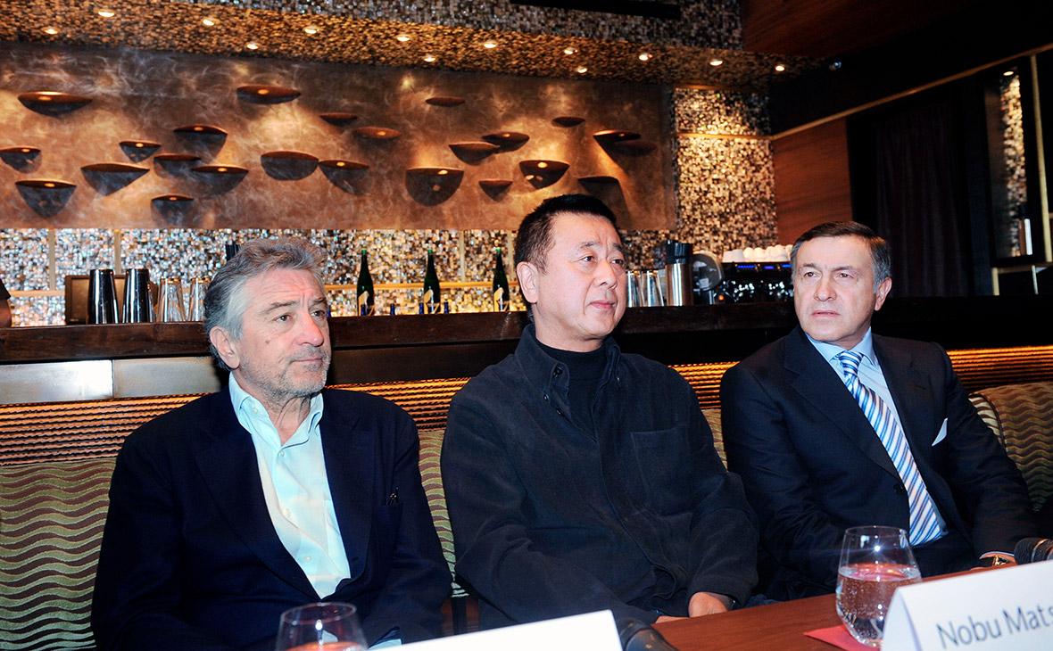 Роберт Де Ниро, Нобу Мацухиса и Арас Агаларов (слева направо) на открытии нового ресторана японской кухни Nobu