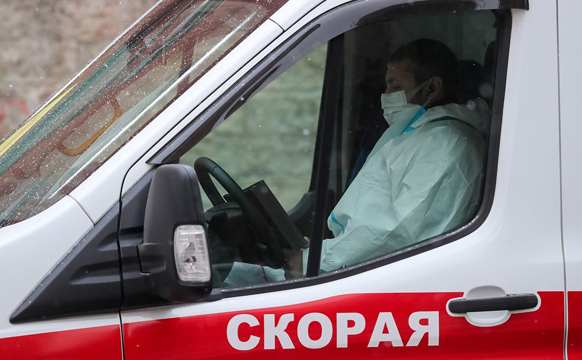 На охранника консульства Украины в Петербурге напали с ножом