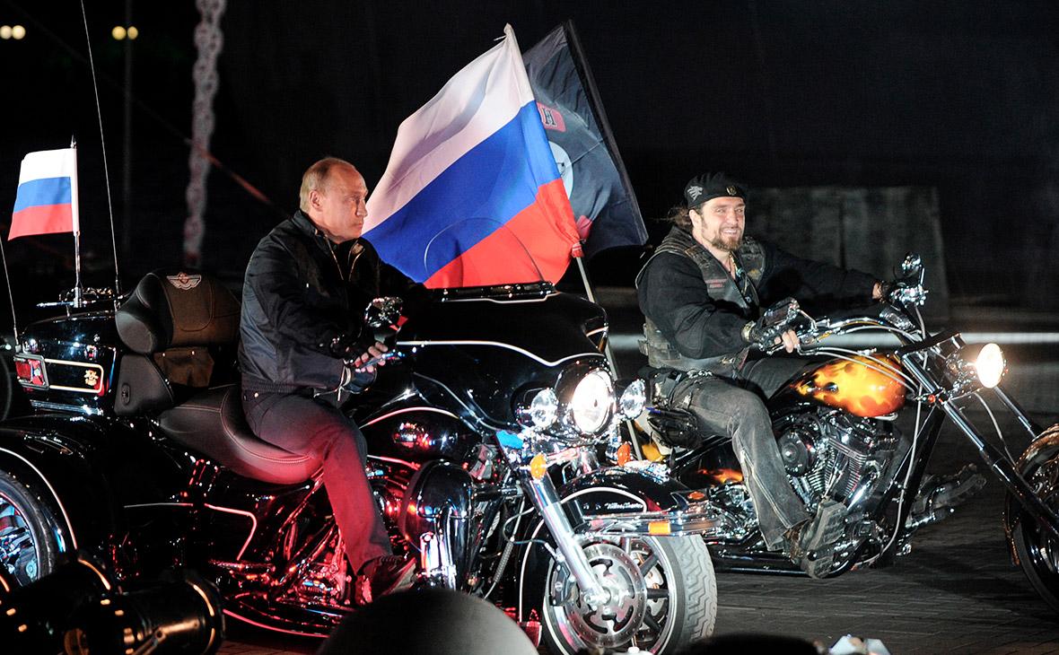 Владимир Путин и Александр Залдостанов (Хирург)