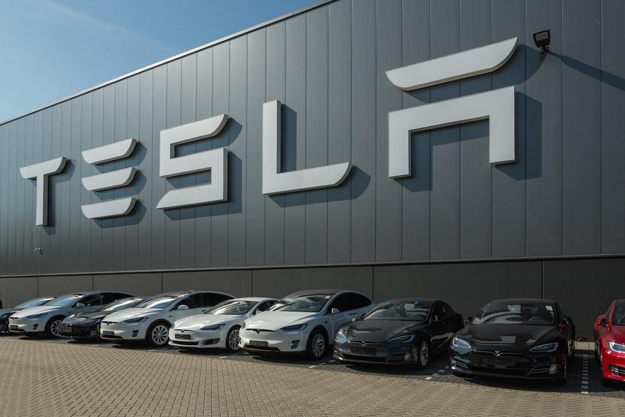Завод Tesla Motors