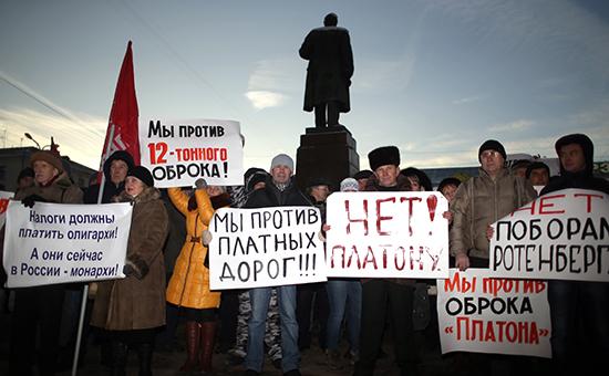Дальнобойщики продолжили марш на Москву объездными дорогами