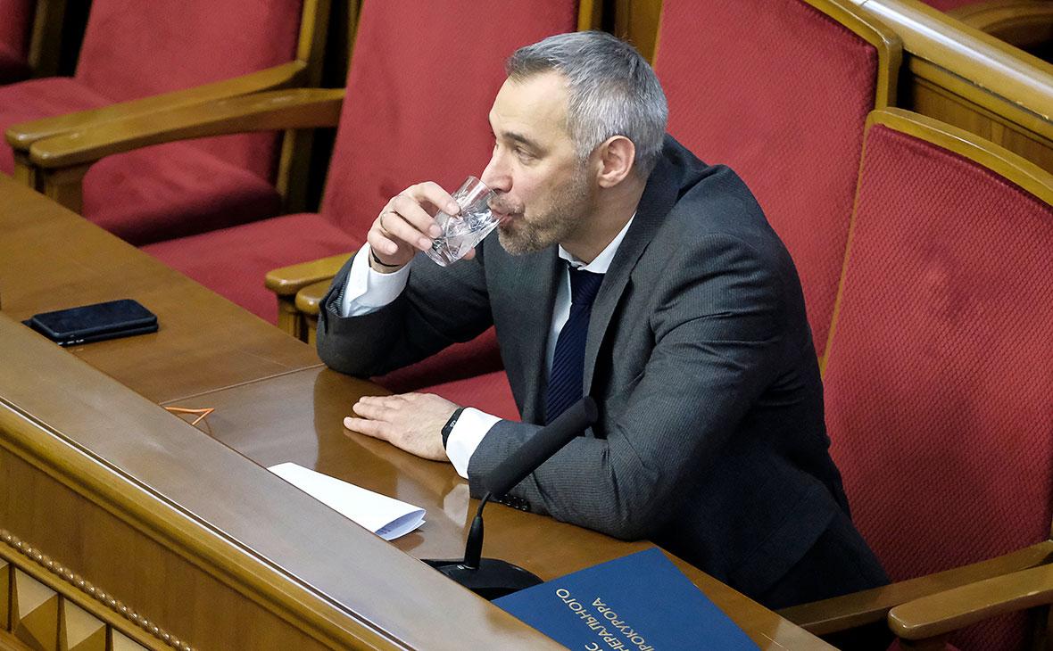 Руслан Рябошапка на внеочередном заседании Верховной рады