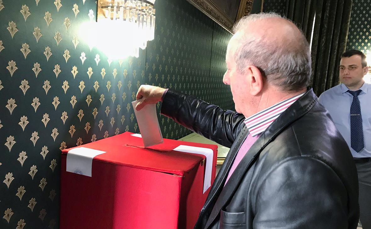 Избирательный участок на территории российского посольства в Дамаске