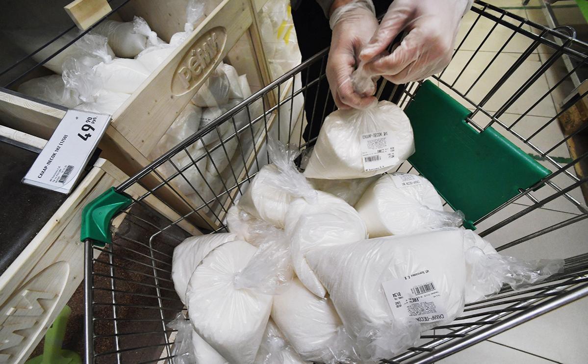 Минсельхоз не зафиксировал перебоев в поставках масла и сахара