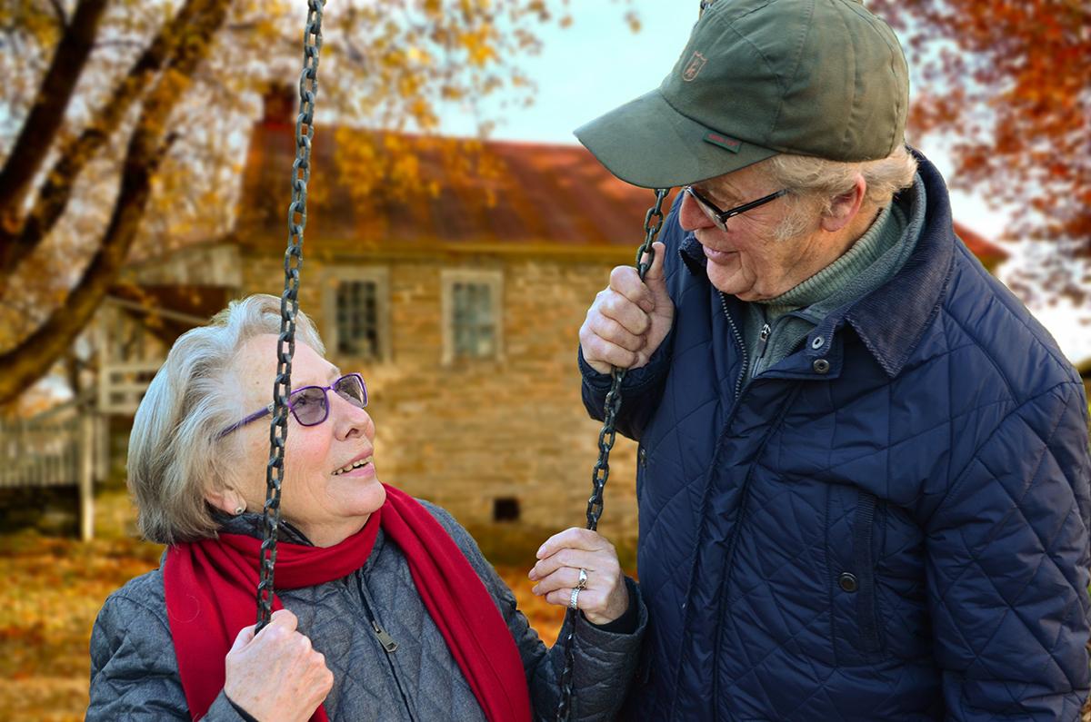 Мошенники встречаются и среди людей в возрасте