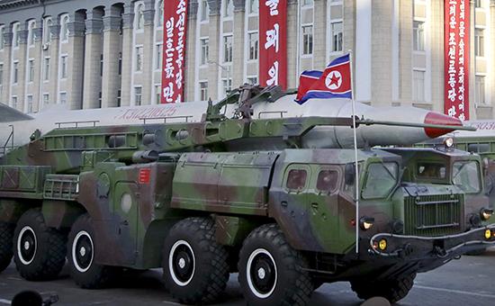 Баллистическая ракета на военном параде в Пхеньяне, 2015 год