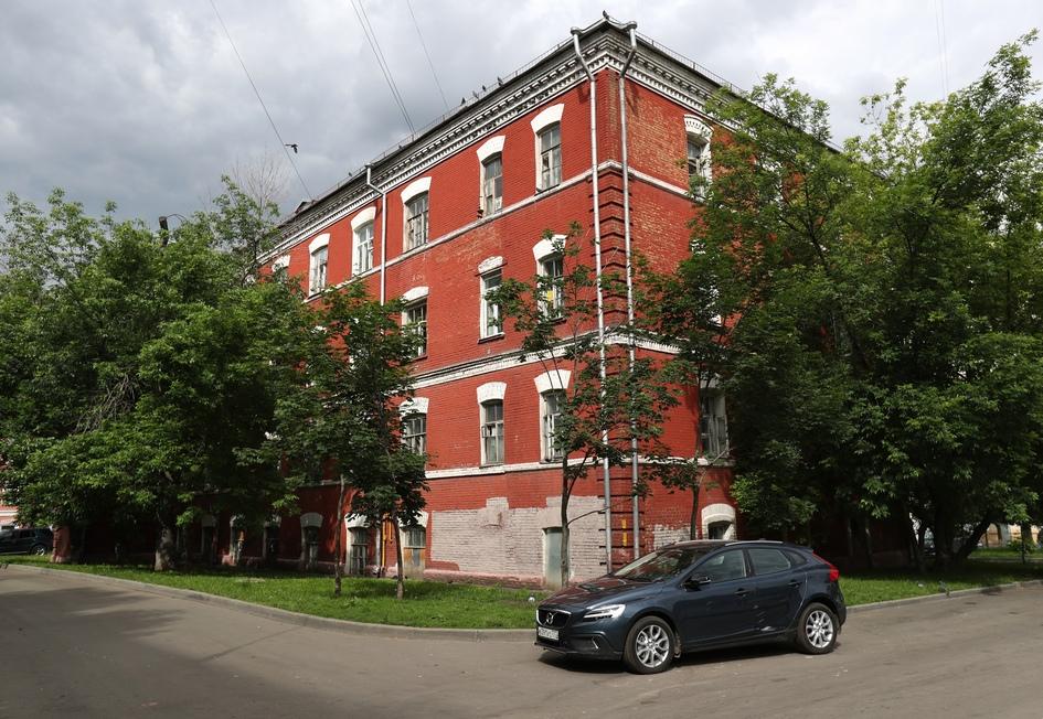 Еще одна жертва реновации — жилой дом по Варшавскому шоссе, 10, стр. 2, построенный в 1917 году